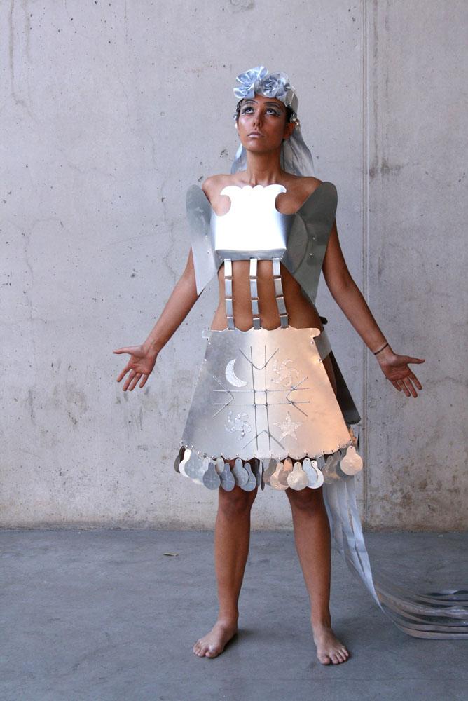 1 novia mapuche desfile arte al limite 2007
