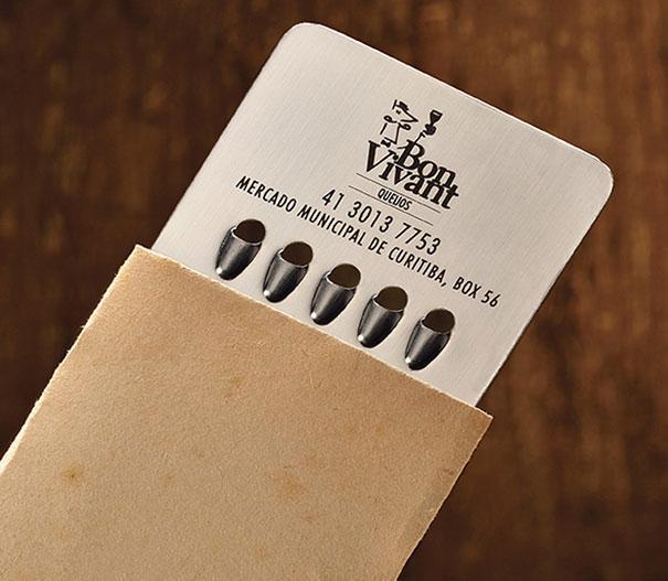 1 tarjeta de queso rallado
