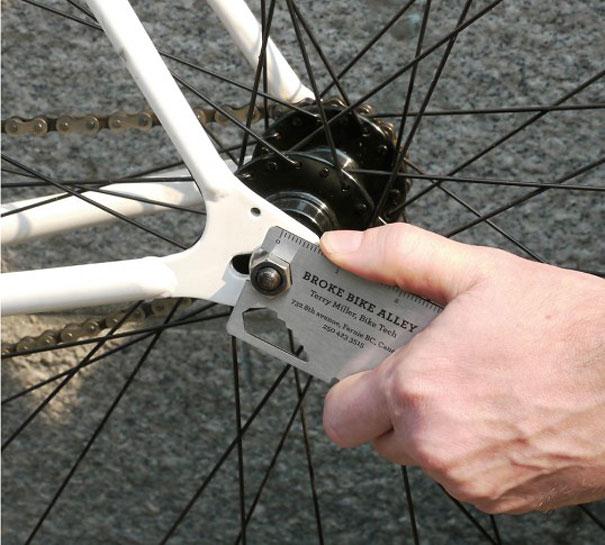 creative-business-cards-4-20-2 multiuso para la bicicleta