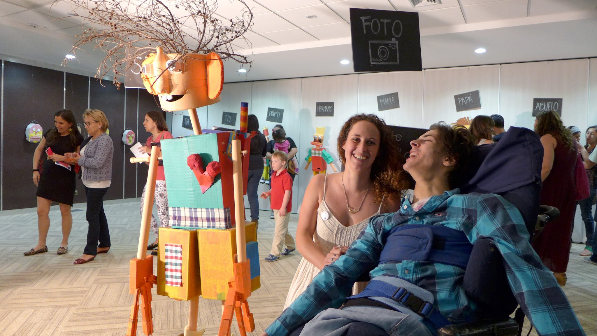 Actividad realizada por niños de la Fundación Alter Ego «Yo Soy» en mundo de Simón