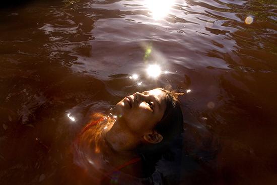 Del río rojo al verde mar