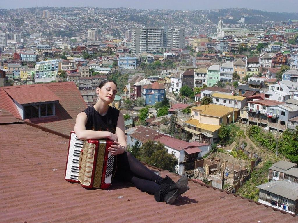 RollingStone-Chile-noviembre2010-Ropa-and-Roll9