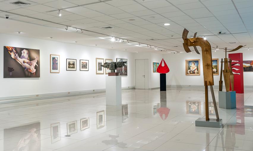 Academia Chilena de Bellas Artes celebra sus 50 años con lo mejor del arte chileno