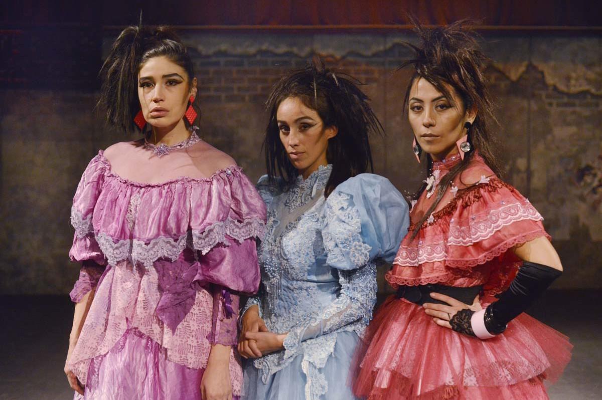 Las tres hermanastras en el GAM