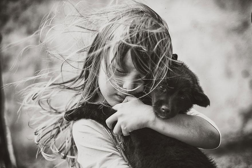 Fotógrafa retrata el verano de sus hijos sin conexión a Internet ni Tv
