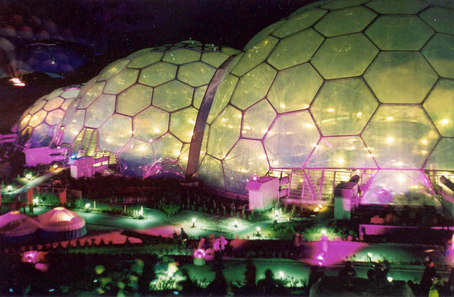 The_Eden_Project,_at_Night_-_geograph.org.uk_-_225026