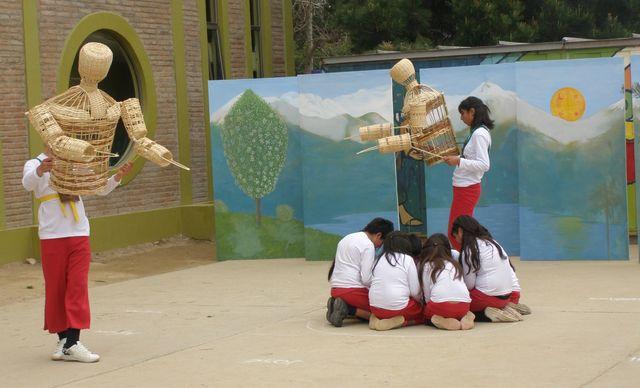 Aprueban proyecto que incorpora el teatro y las artes escenicas como asignatura en básica y media