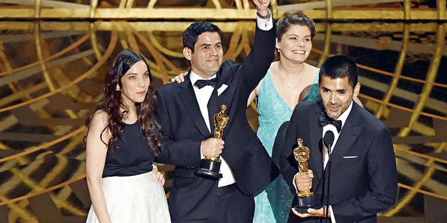 Chilenos que hacen historia!!!  el cortometraje «Historia de un Oso» trae el primer Oscar a Chile, Viva la creatividad Nacional!!