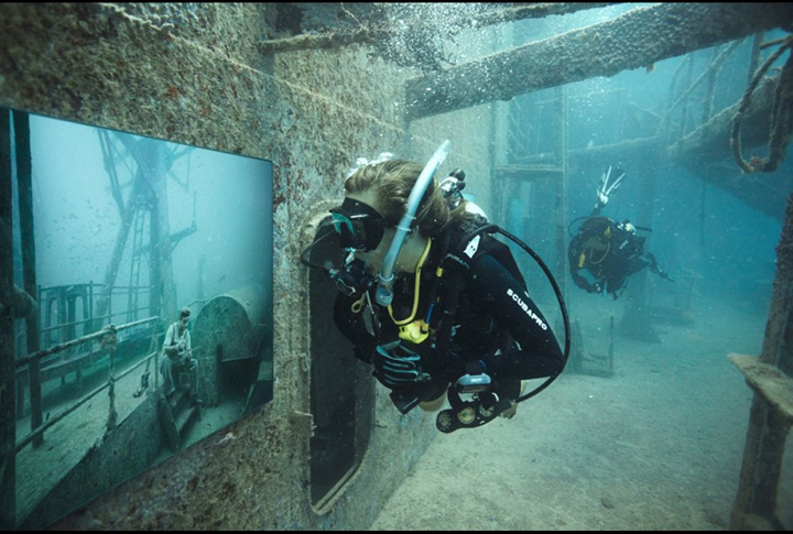 Diver-tours-the-Vandenberg-and-exhibition