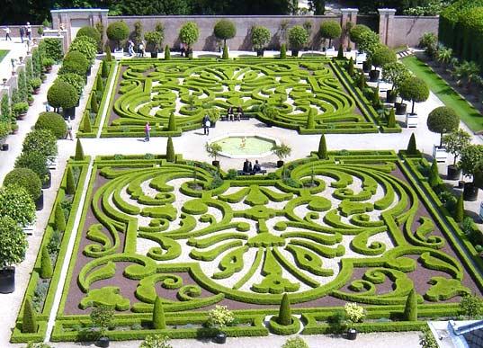 Como nacieron los jardines ellalabella for Jardin geometrico