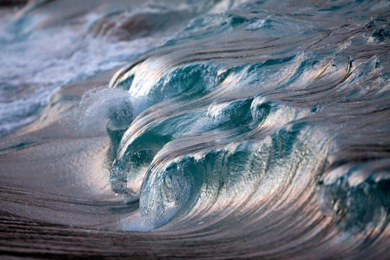 «AquaViva», la increíble serie fotográfica de Olas congeladas