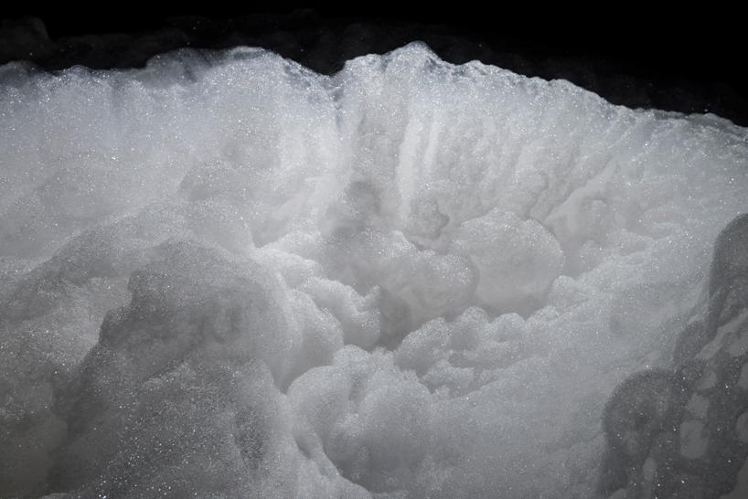 foam-by-kohei-nawa-at-the-aichi-triennial-designboom-01
