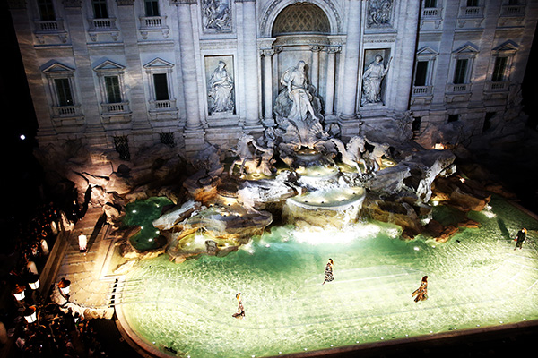 ROME, ITALY - JULY 07: General view at the Fendi Roma 90 Years Anniversary fashion show at Fontana di Trevi on July 7, 2016 in Rome, Italy. (Photo by Franco Origlia/Getty Images)