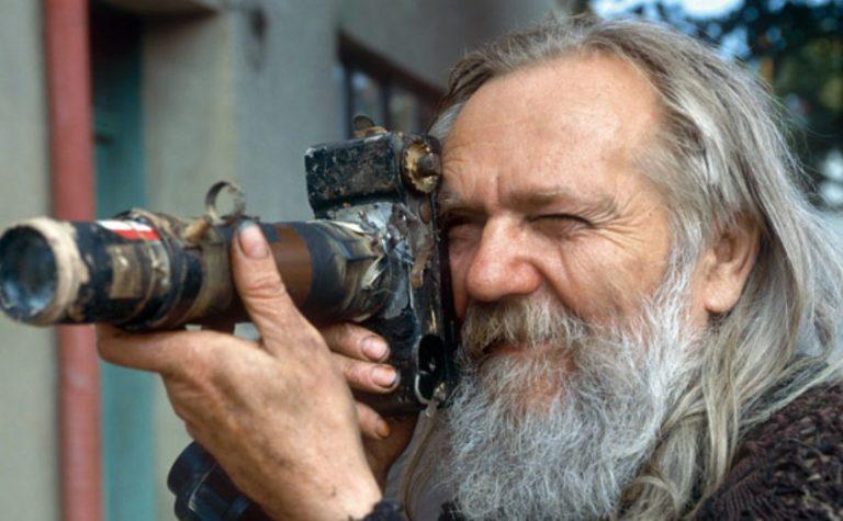 Miroslav Tichý, el fotógrafo vagabundo que retrató a las mujeres