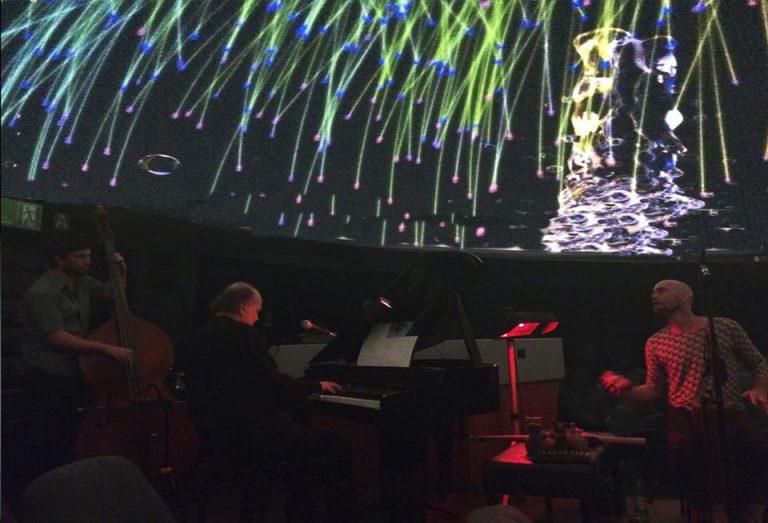 Piano Bajo Las Estrellas De Claudio Recabarren