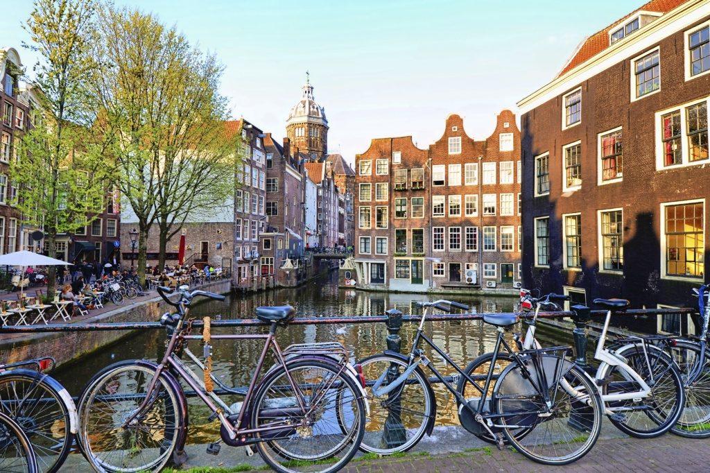 Amsterdam-1024x682
