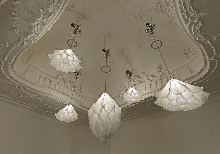 """""""Shylight"""" mágicas lamparas que imitan la danza de las flores en la naturaleza"""