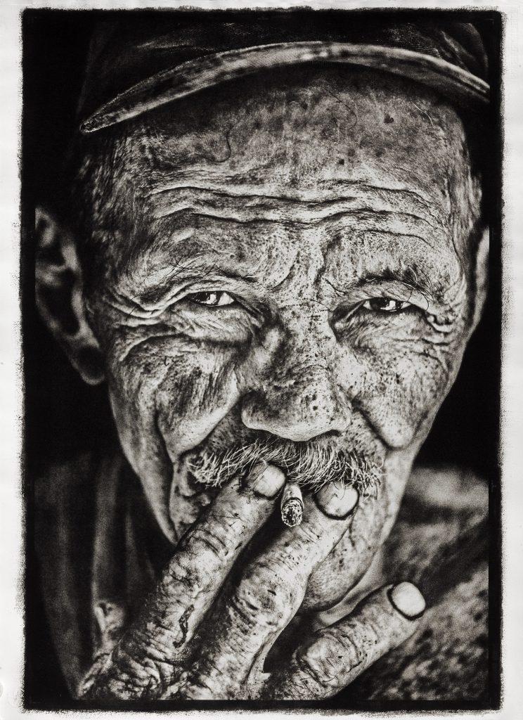 Los últimos carboneros de Cuba