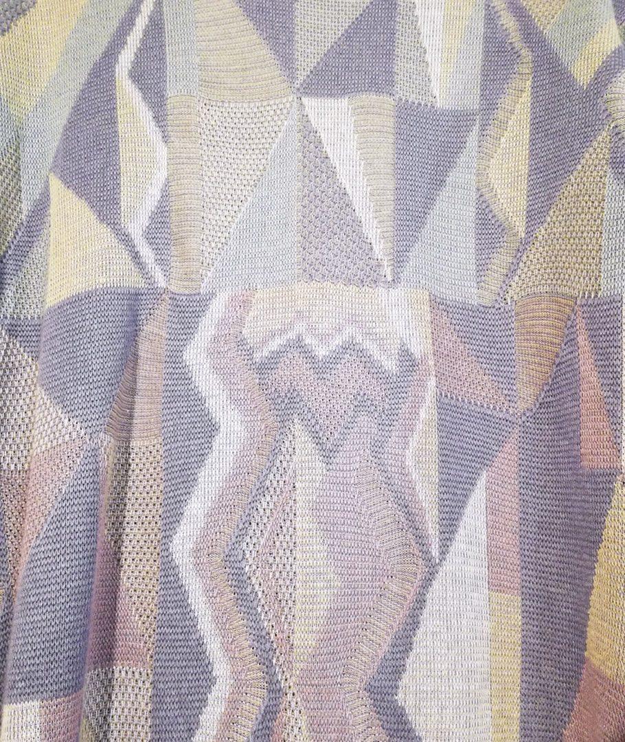 Chaleco lila diseño geométricos