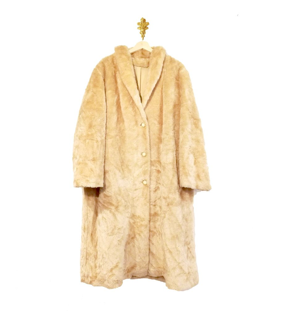 Abrigo piel sintética color beige