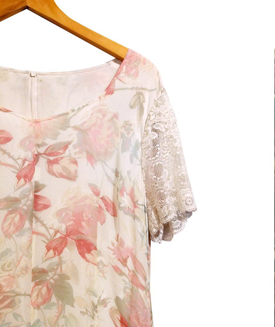 Vestido flores suelto con encaje