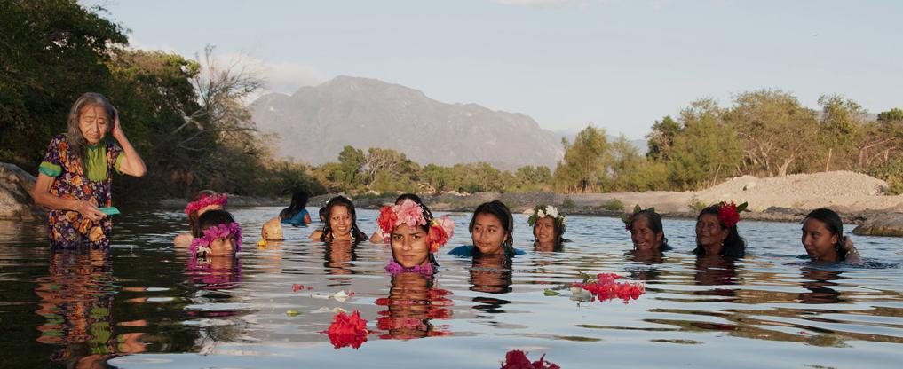 «Las Diosas del agua» fotografías de la artista mexicana Claudia Terroso