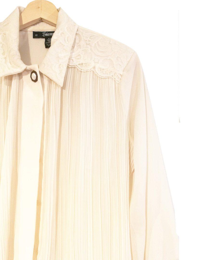 Blusa plisada blanco invierno