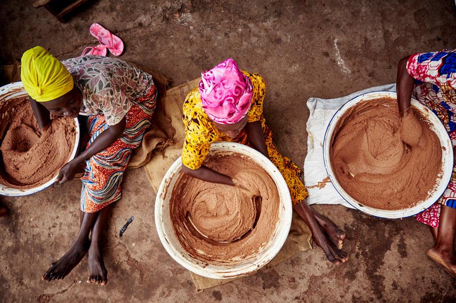 Manteca de Karité: el ingrediente obtenido a través del empoderamiento femenino