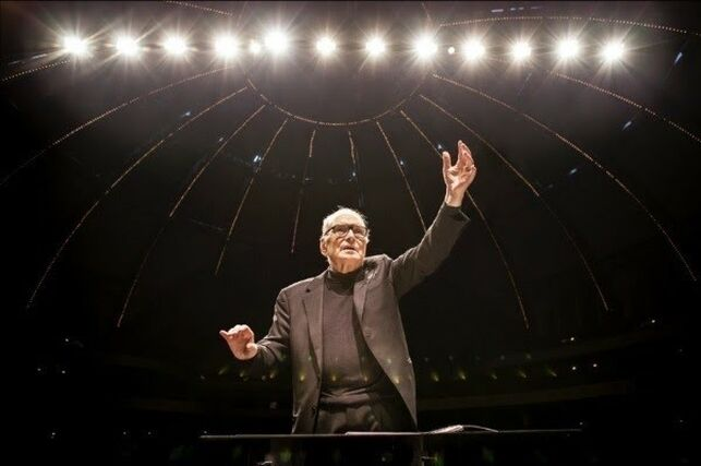 Un día de mucha tristeza hoy partió el   compositor Ennio Morricone un grande de la música de películas!