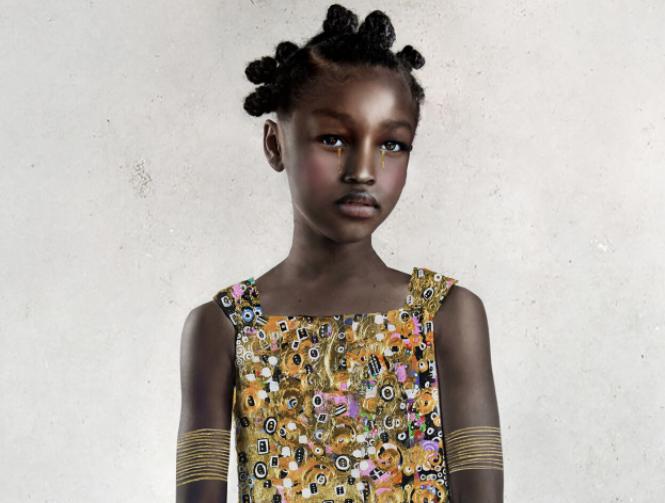 La fotógrafa Tawny Chatmon crea retratos de niñas negras con vestuarios de oro inspirados en Klimt
